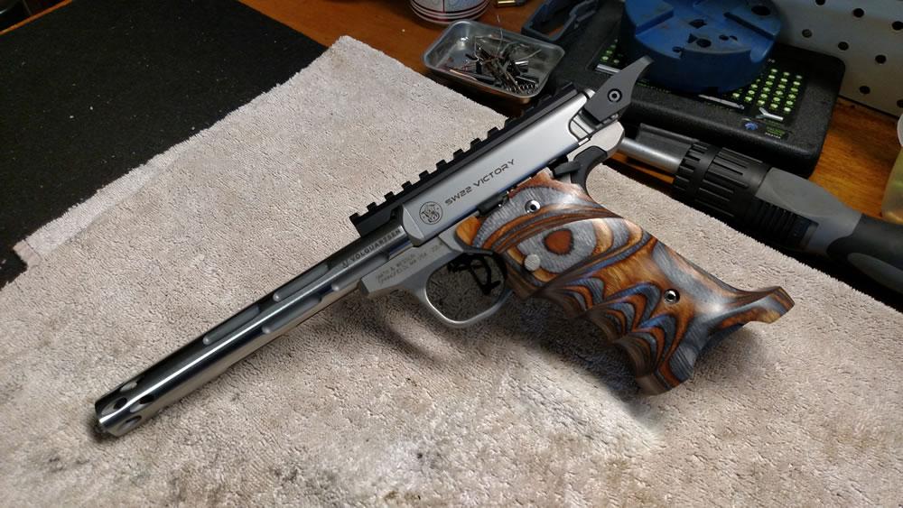 Custom build: Smith & Wesson Victory 22LR